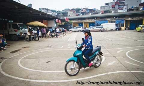 doi tuong thi bang lai xe may
