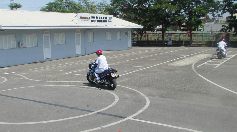 Quy trình thi bằng lái xe máy